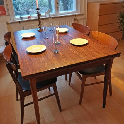Jatkettava palisanteri-ruokapöytä, JL Møllers møbelfabrik