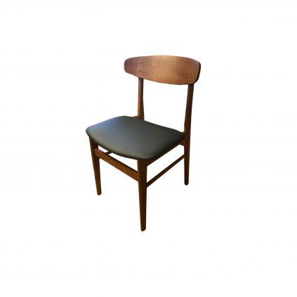 Tanskalainen teaktuoli Sax møbler