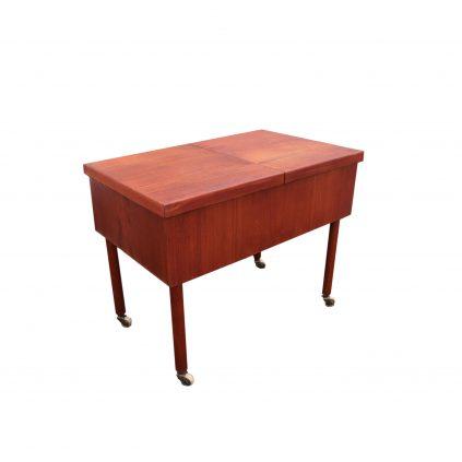 60-luvun teak-rullapöytä