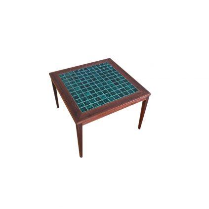 Palisanterisohvapöytä mosaiikkitasolla