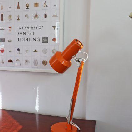 Oranssi tanskalainen pöytävalaisin 60 -luvulta