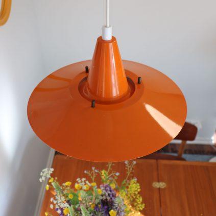 Oranssi tanskalainen retro riippuvalaisin