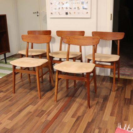 5 kpl 60 -luvun Mosbøl -tuoli alcantaraverhoilulla