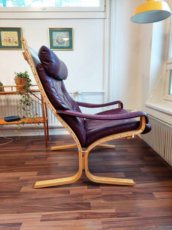 Viininpunainen Siesta -nojatuoli, Ingmar Relling